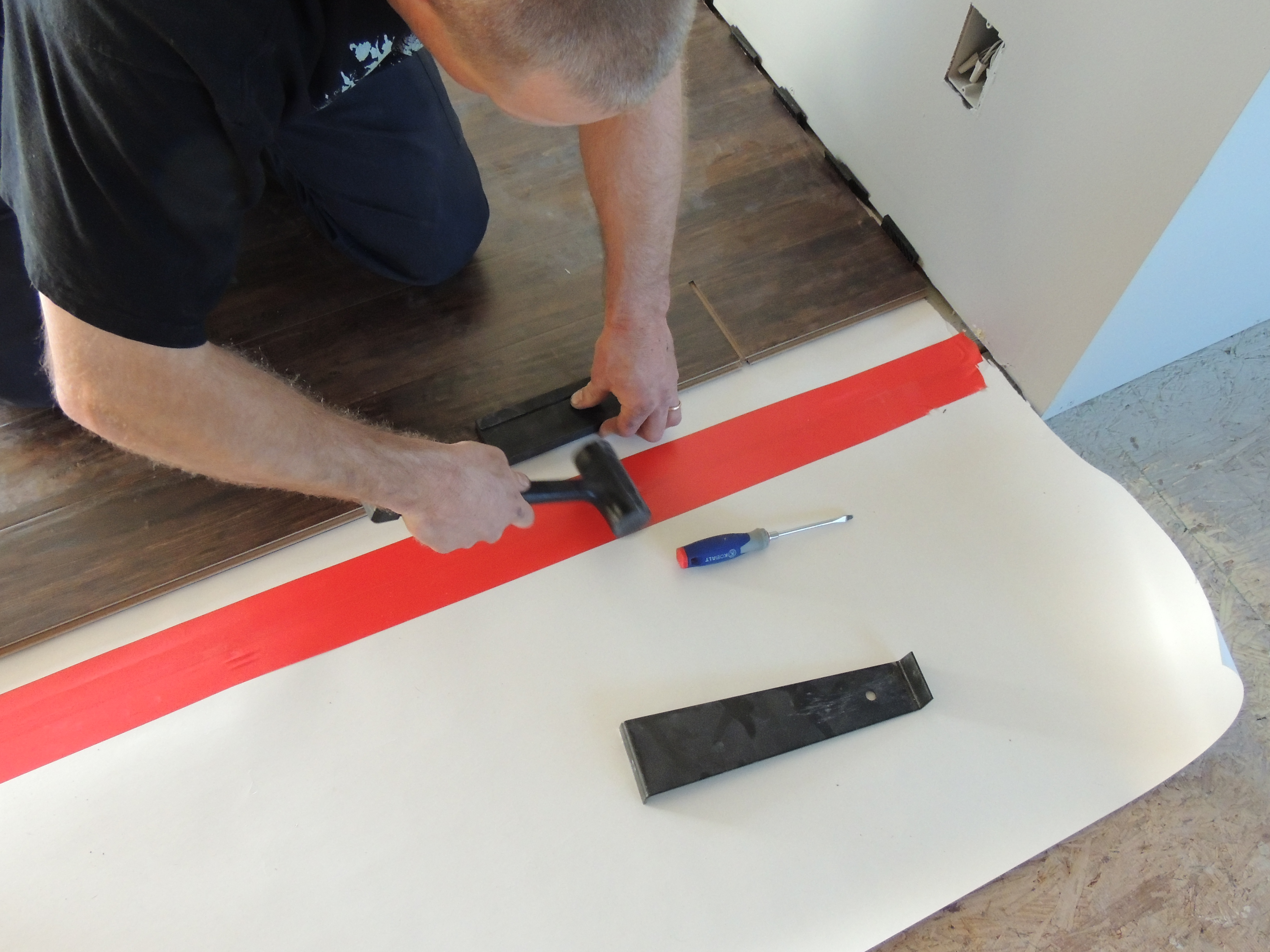 How To Install Laminate Flooring Roses And Wrenches
