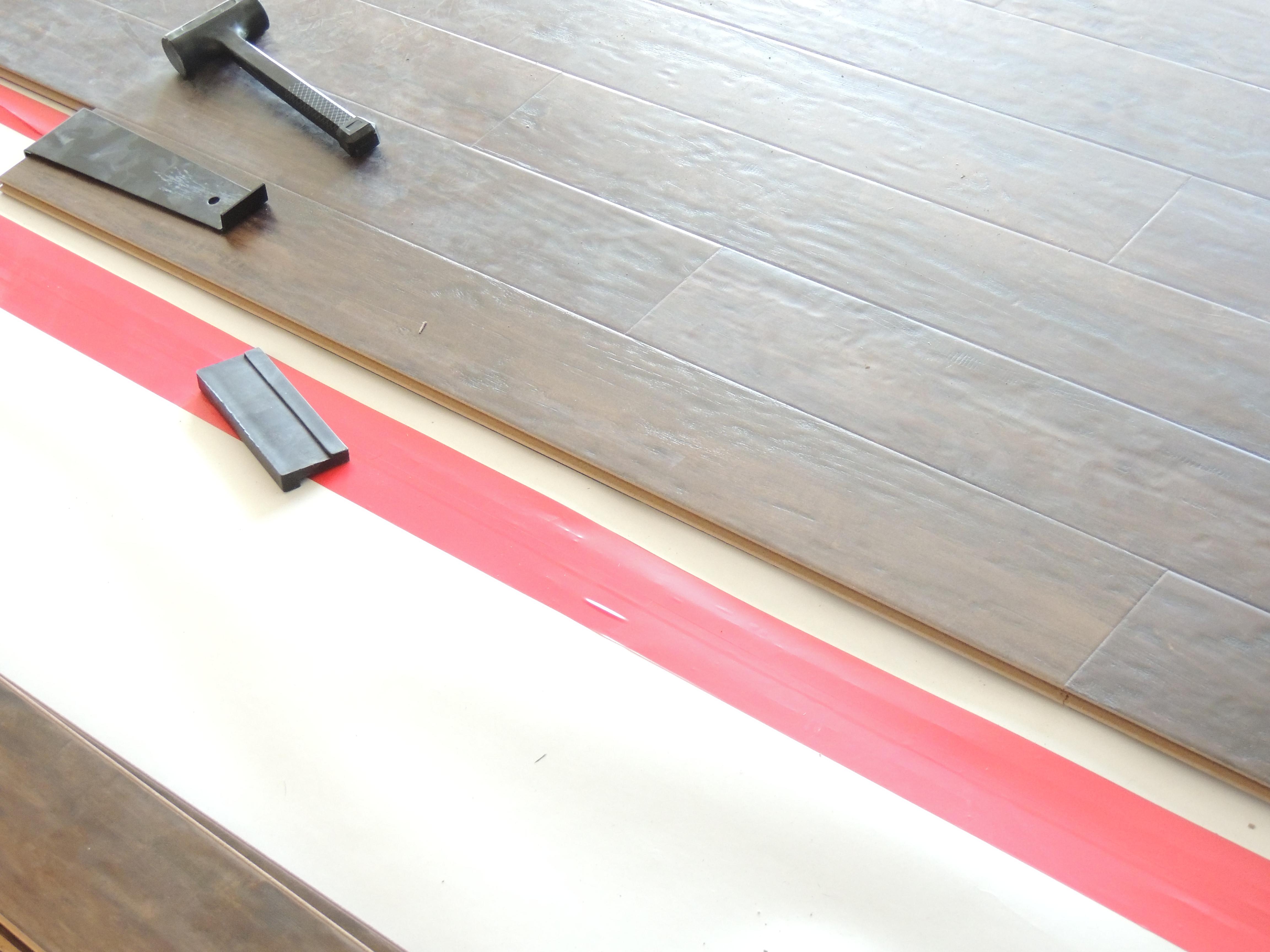 The Pictures Show Basic Steps I Take When Installing Laminate Flooring Would Encourage You To Mix Up Planks Between Boxes In Order Not